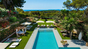Luxury villa with 10 bedrooms in Can Pep Simo