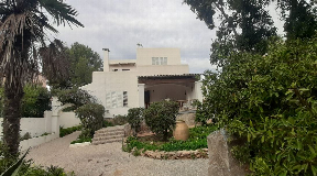 470m2 villa with in Playa den Bossa for sale